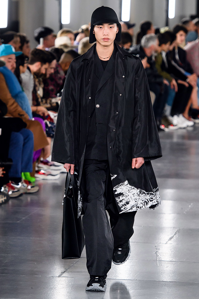 巴黎时装周Valentino 19AW-LEE MINSEOK